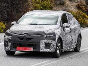 Компания Renault тестирует новое поколение хэтчбека Clio