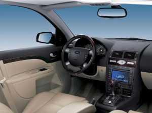 Салон Форд Мондео третьего поколения