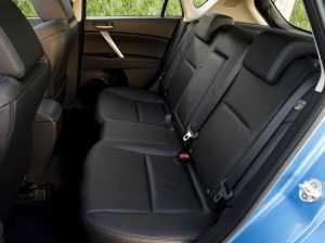 Интерьер Mazda 3 BL