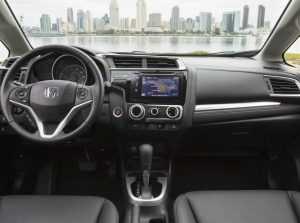 Салон Honda Fit третьего поколения