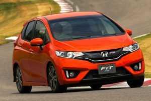 RS хэтчбек Хонда Фит третьего поколения