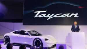 В модельном ряду Porsche появится электромобиль Taycan
