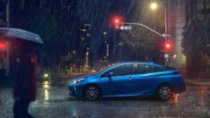 Новый Prius 2019 AWD-e