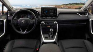 Стоимость Toyota RAV4 2019 на американском рынке 41341$)